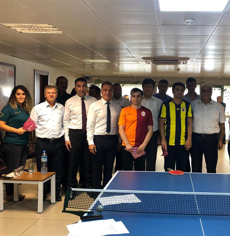 Bölge Müdürümüz Sn. Akif ERTEKİN, İskenderun Gümrük Müdürlüğü personelince düzenlenen masa tenisi turnuvasına katıldı.
